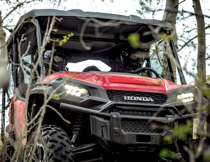 Honda Announced Their New Full Size Side By Models For 2016 Lineup The Pioneer 1000 And 5 Will Come Equipped
