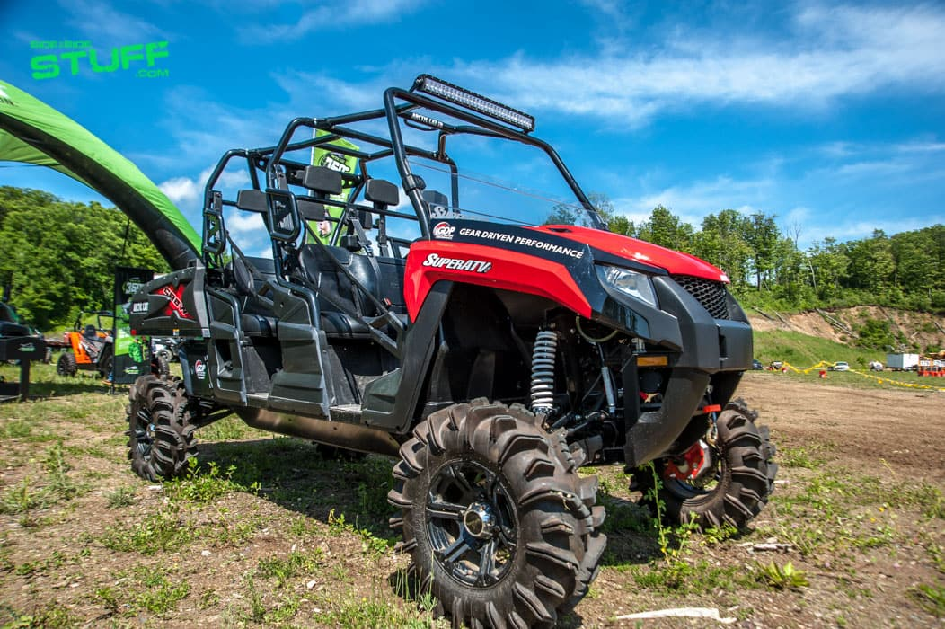 super atv outfitted arctic cat hdx crew xt side by side. Black Bedroom Furniture Sets. Home Design Ideas